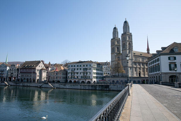 İsviçre'de sokaklar sessiz