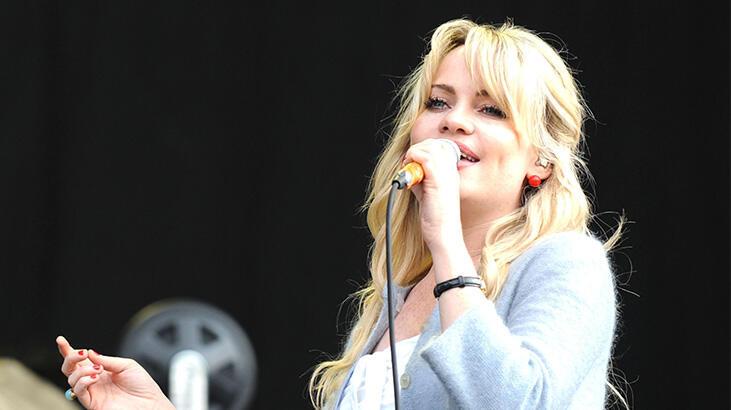 Şarkıcı Duffy'den tecavüz itirafı