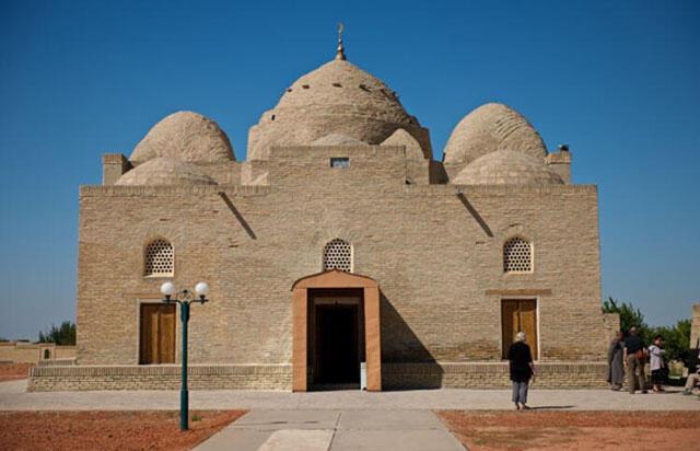 Türklerin kurduğu en eski camii Degaron