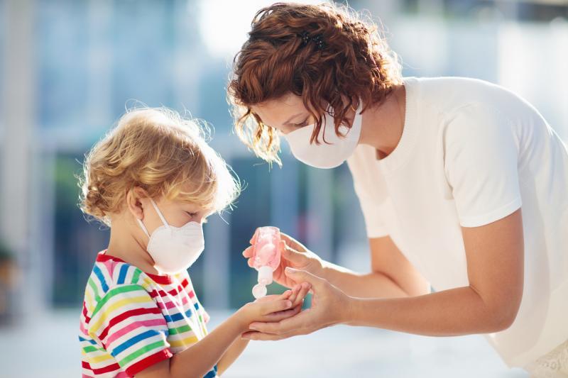 Shell Türkiye ve Organik Kimya'dan T.C. Sağlık Bakanlığı'na dezenfektan desteği