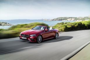 Makyajlanan Mercedes E-Sınıfı Coupe ve Cabrıolet göz kamaştırıyor
