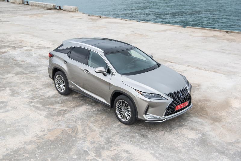 Lexus'un Lüks SUV'u RX Satışa Sunuldu