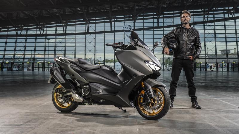 Yamaha TMAX VE MT-125 segmentlerinin en iyi motosikleti seçildi
