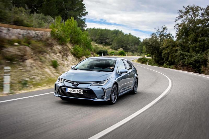 Toyota Corolla Sedan'da Yeni 1.5L Dynamıc Force Motor Seçeneği