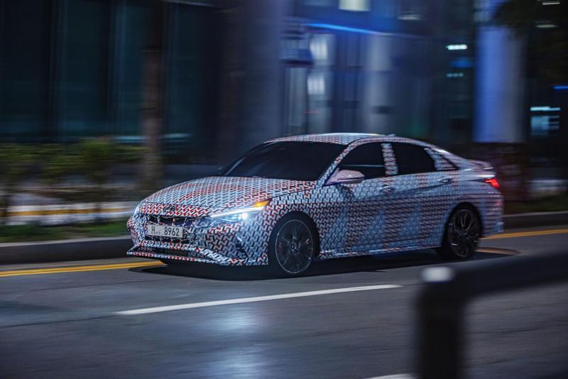 Hyundai Elantra N Kamuflajlı Olarak Karşımıza Çıktı